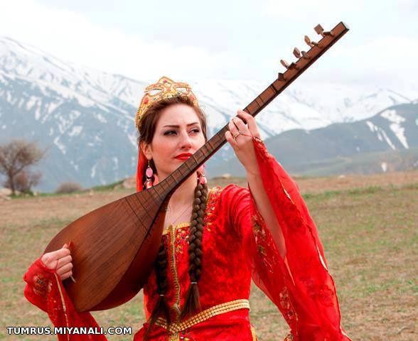 http://bayram.arzublog.com/uploads/bayram/ashiq_1.jpg