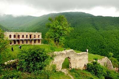 http://bayram.arzublog.com/uploads/bayram/kaleibar30.jpg